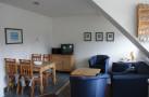 http://sylt-ferienhaus-ferienwohnung.de/wp-content/uploads/2013/08/ferienwohnung-morsum-winnies-hues-app-3-wohnen-essen.jpg