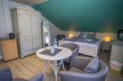 http://sylt-ferienhaus-ferienwohnung.de/wp-content/uploads/2018/05/doppelzimmer-froschkoenig-sylt-ansicht-05.jpg