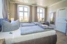 http://sylt-ferienhaus-ferienwohnung.de/wp-content/uploads/2018/05/doppelzimmer-schneewittchen-sylt-ansicht-06.jpg