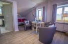 http://sylt-ferienhaus-ferienwohnung.de/wp-content/uploads/2018/05/familienzimmer-frau-holle-sylt-ansicht-05.jpg