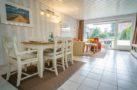 http://sylt-ferienhaus-ferienwohnung.de/wp-content/uploads/2018/05/fewo-meeresleuchten-sylt-wohnzimmer.jpg