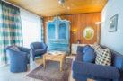 http://sylt-ferienhaus-ferienwohnung.de/wp-content/uploads/2018/05/fewo-wildrose-eg-sylt-wohnzimmer-01.jpg