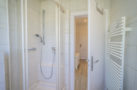 http://sylt-ferienhaus-ferienwohnung.de/wp-content/uploads/2018/05/fewo-wildrose-og-sylt-badezimmer-02.jpg