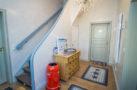 http://sylt-ferienhaus-ferienwohnung.de/wp-content/uploads/2018/05/haus-sterntaler-sylt-flur-01.jpg