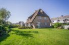 http://sylt-ferienhaus-ferienwohnung.de/wp-content/uploads/2018/07/ferienhaus-milima-garten-01.jpg