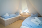 http://sylt-ferienhaus-ferienwohnung.de/wp-content/uploads/2018/07/ferienhaus-milima-schlafraum-03.jpg