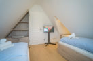http://sylt-ferienhaus-ferienwohnung.de/wp-content/uploads/2018/07/ferienhaus-milima-schlafraum-04.jpg