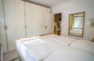 http://sylt-ferienhaus-ferienwohnung.de/wp-content/uploads/2019/02/ferienwohnung-weisses-kliff-schlafzimmer-02.jpg