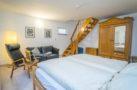 http://sylt-ferienhaus-ferienwohnung.de/wp-content/uploads/2019/02/ferienwohnung-weisses-kliff-schlafzimmer-05.jpg