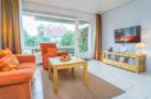 http://sylt-ferienhaus-ferienwohnung.de/wp-content/uploads/2019/12/fewo-meeresleuchten-sylt-wohnzimmer-2.jpg